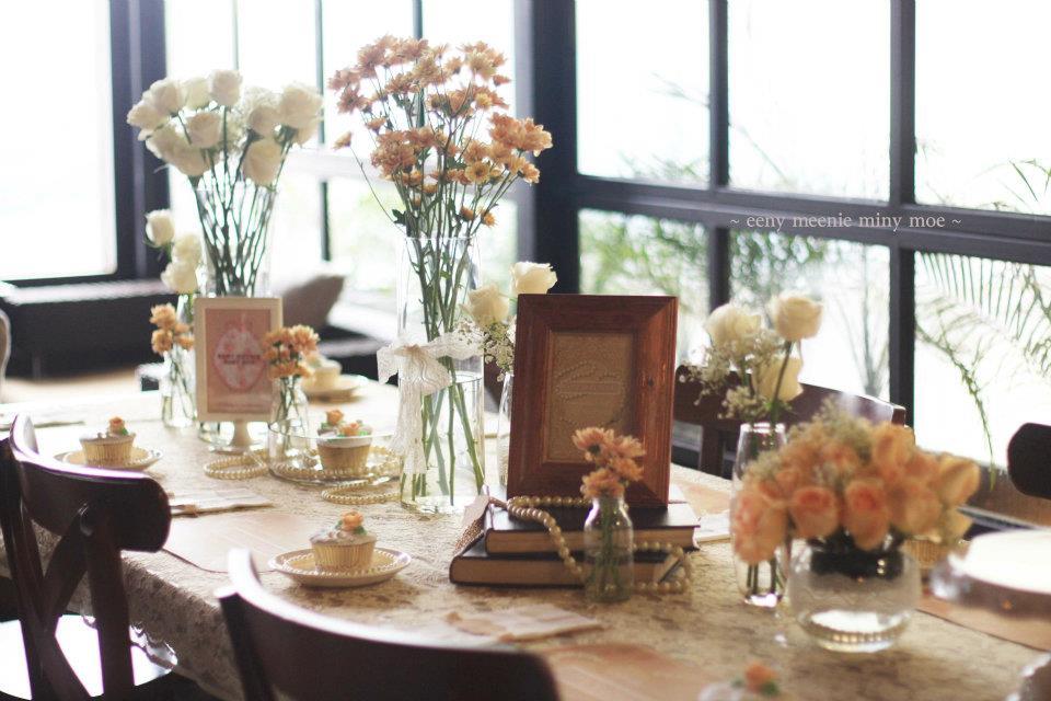 Table decor adelh gifts image image image junglespirit Choice Image