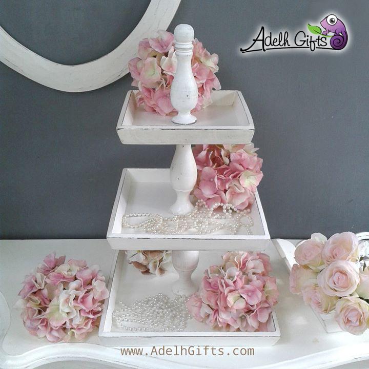 Shabby cupcakes tier A