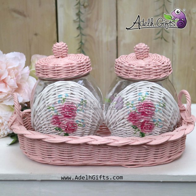 rotan 2 toples rose bouquet